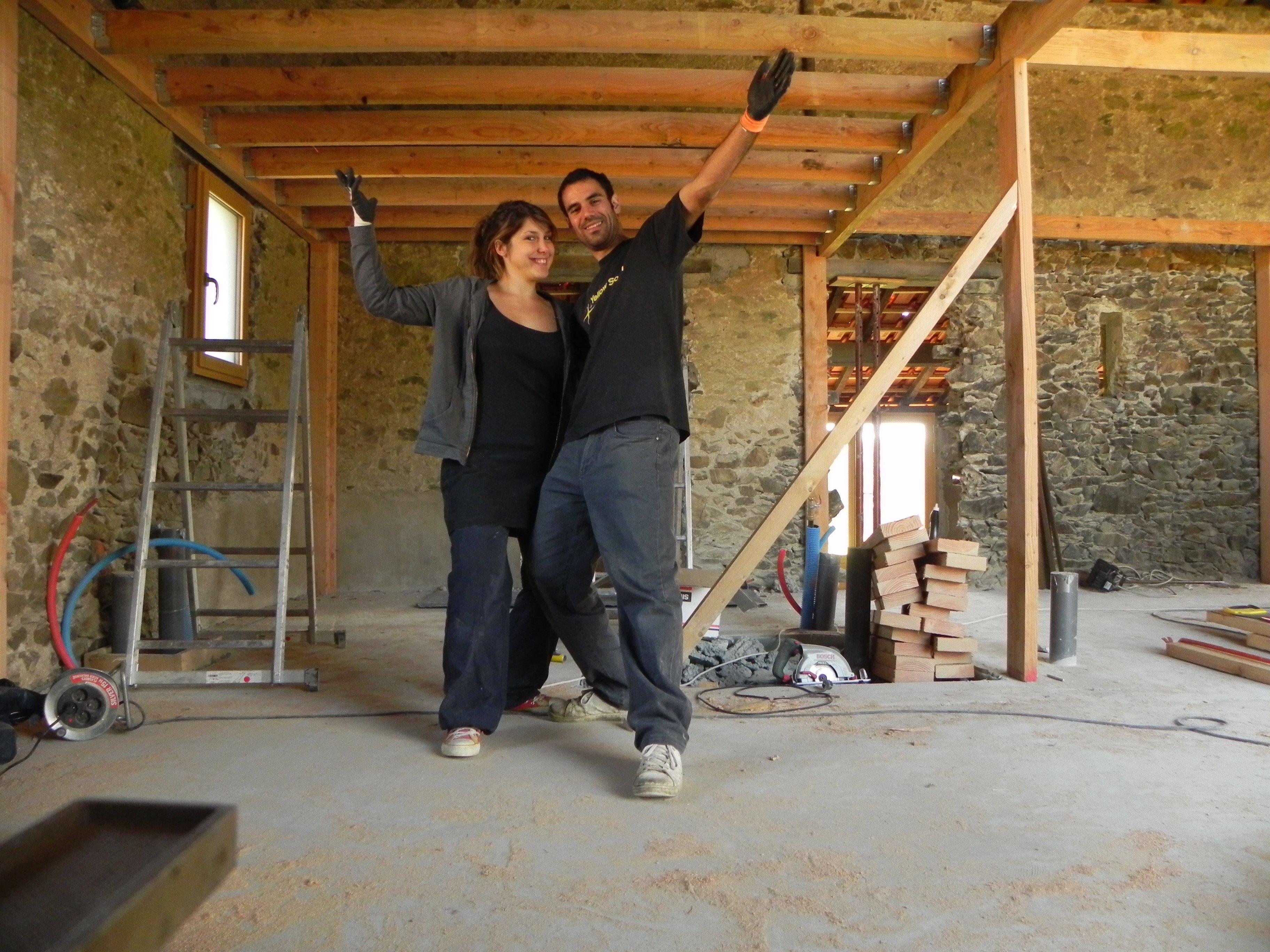 abracadabra et notre grange se transformera en maison oo le plancher de l tage. Black Bedroom Furniture Sets. Home Design Ideas
